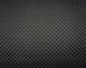 Maille matelassée noire - 50 cm