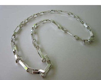 40% OFF NAPIER Geometric Mod Silver tone Chain Link Necklace