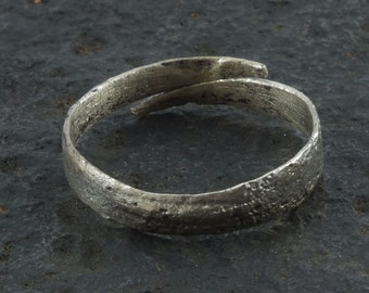 Ancient Viking  Anglo Saxon Wedding Band Jewelry C.866-1067A.D. Size 11 3/4  (21.9mm)(Brr1065)