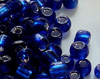 6/0 Silver Lined Blue Glass Seed Beads Item #B60B