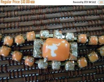 Vintage orange prong set bracelet