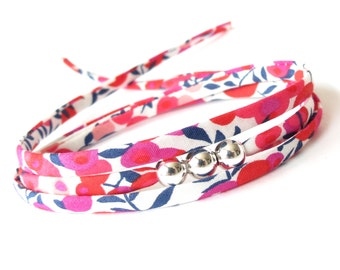 Cute gift for best friend, fresh and bold Liberty fabric in fuchsia pink and white, wrap bracelet for summer, bead jewellery for her