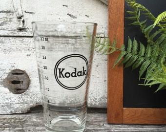 Vintage Kodak Dark Room Graduated Glass Beaker - 32 oz - Film Developing