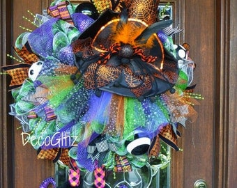 HALLOWEEN TUTU WITCH Wreath with Witch Hat, Witch TuTu and Witch Legs