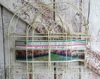 Folding fence round design old new vintage fence wire and vinyl