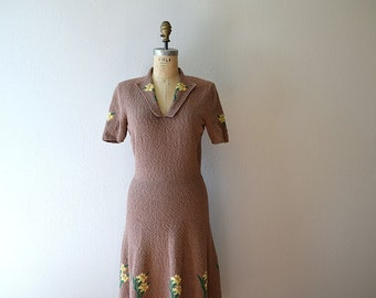 1940s floral knit dress . vintage 40s wool knit dress