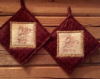 Pair of Machine Embroidered Potholders - Hens - Roosters - Chickens