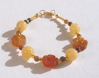 Clearance Sale Agate Bracelet - Honey Cream Quartz - Japser - Gold Seed Beads - Lobster Claw Clasp