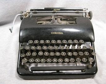 Smith Corona Silent Portable Typewriter Floating Shift & Case Keys have Serifs