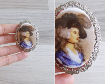 20% OFF (Code In Shop) - Vintage 80's 'Portrait Of A Lady' Victorian Cameo Filigree Brooch Pin
