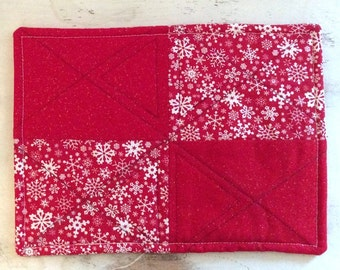 Quilted Rectangle Trivet Holiday Christmas Winter Motif White Snowflakes Hot Pad Hostess Gift Teacher Gift PollyAnna Gift Exchange