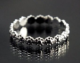 Daisy Ring Silver Daisy Ring Daisy Flower Ring Silver Flower Ring Silver Pattern ring simple silver ring  silver floral ring stacked ring