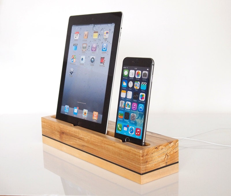 iphone ipad docking station iphone and ipad charging. Black Bedroom Furniture Sets. Home Design Ideas