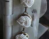 Vintage clip-on earring b...