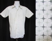 Vintage Men's Shirt  80's Jonathan Hill Design  Short Sleeve M 15-15.5