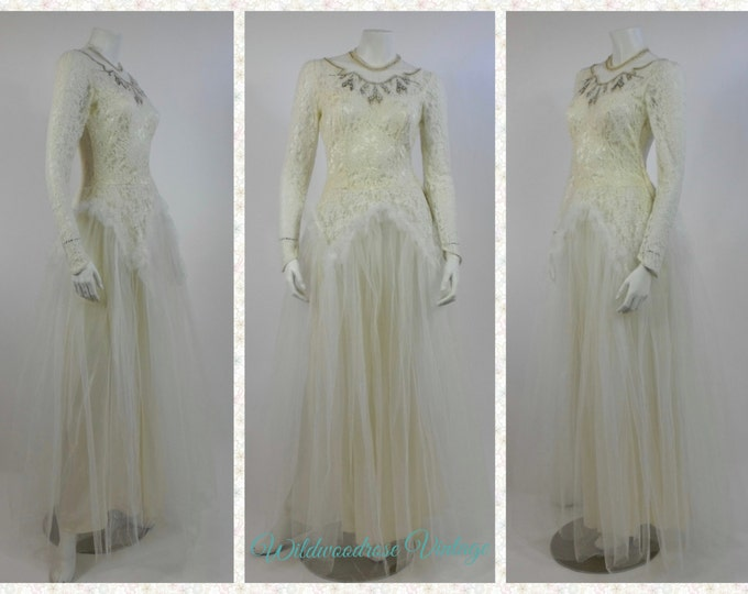1940's Lace Wedding Gown - Vintage Wedding Gown - New Look Era Gown - Lace and Pearl Beaded Ivory Wedding Gown - Ivory Chantilly Lace Gown