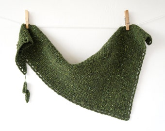 Mossy Scarf Crochet Pattern PDF Asymetric Triangle Forest Woodland Autumn Green Leaves Warm Tutorial Accessory