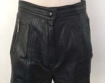 Amazing Vintage 80s High waisted leather zipper shorts