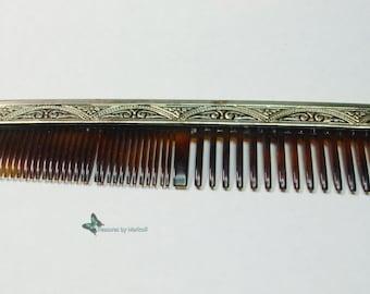 Beautiful Retro fancy purse comb