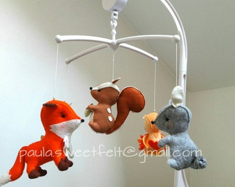 Enchanted Forest crib  musical mobile / Woodland musical baby mobile / Crib hanging mobile / fox owl squirrel deer rabbit / baby cot mobile