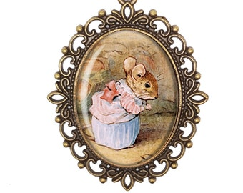Beatrix Potter 'Mrs Tittlemouse' Mouse Vintage Inspired Bronze Silver Large Cameo Necklace Jewellery