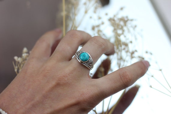 MINI TURQUOISE RING - Sterling Silver Ring- Crystal Ring- Healing Crystal Jewellery- Chakra Ring- Statement Ring- Boho- Vintage