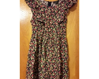 SALE Floral Babydoll Dress - Size Small (2 for 15 dollars deal)