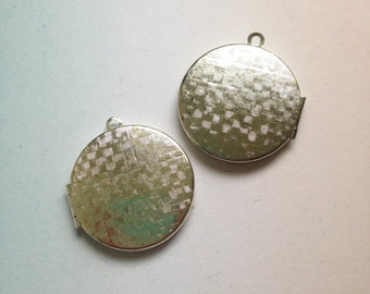 2 x Vintage shiny silver plated basket weave textured lockets 30mm round