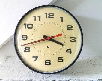 Vintage MidCentury Clock Wall Clock