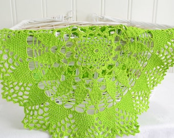"Green crochet doily , vintage Swedish handmade , 12 "" home decor, please see details"