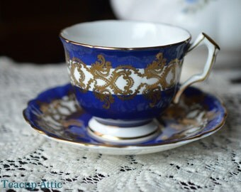 Aynsley Cobalt Blue And White Embossed Teacup Set With Gold Decoration, English Bone China, Tea Cup and Saucer Set, ca. 1960-1972