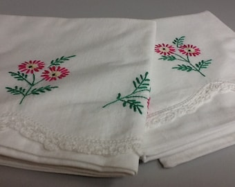 Vintage Pillow Case Set with Pink embroidered Flowers