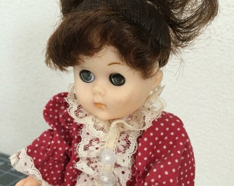 1984 Ginny Antique Lace doll