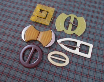 Mixed Lot of 5 Vintage Buckles
