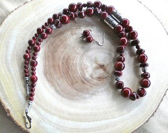 29 Inch Ruby Red Chunky Stone Necklace with Earrings