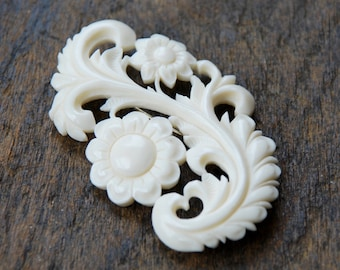 Vintage Carved Celluloid Brooch Faux Bone Ivory Colored Early Plastic Floral Eco-Friendly Alternative 1940's // Vintage Costume Jewelry