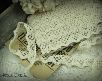 Vintage French Scalloped Crochet Lace Edging (1 yard)