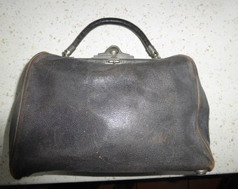 Very early Leather French Doctors travel Bag