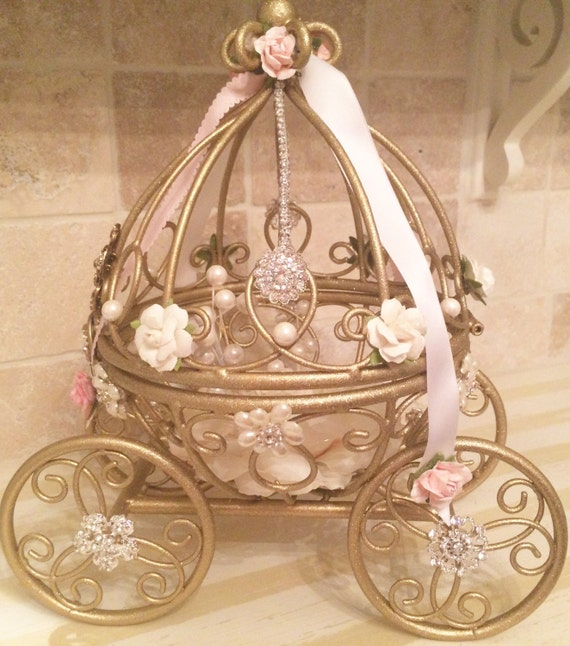 Cinderella carriage centerpieces for birthday party tables for How to build a carriage