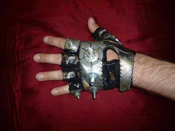 "MENS ""Berserker""- Moonhoar Monster Glove- Steampunk, Mad Max, Thunderdome, Fury Road, Burning Man, Dragon Con, Wasteland Weekend, Industrial"