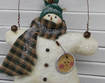 Primitive Prim Snowman Ornament with Green Hat and Scarf