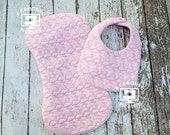 Flamingo Bib and Burp Cloth – In the Hoop – for large hoops