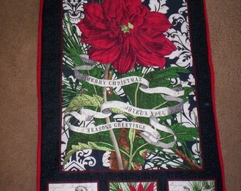 CHRISTMAS WALL HANGING hand quilted