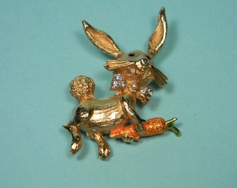Bunny Rabbit Brooch or Pin, Figural, Gold Tone  with Carrot, Easter Vintage