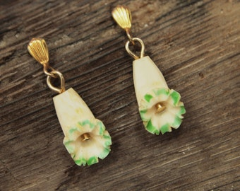 """Vintage Flower Earrings - Pierced - Finely Carved Bone Dangles - Painted Accents - Tiny Treasures - Deeply Carved - Pierced Studs - 1"""""""