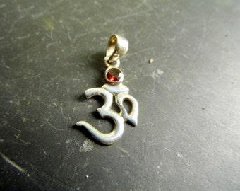 Silver Pendant, pendant, OM, India, Garnet, OM pendant