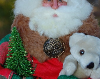 OOAK Victorian/Old World Santa in Christmas red & green with hand sculpted face.