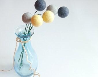 Felt billy balls, billy ball flowers, felt ball flowers, felt ball bouquet, felt craspedia, pompom flowers, alternative bouquet, yellow gray