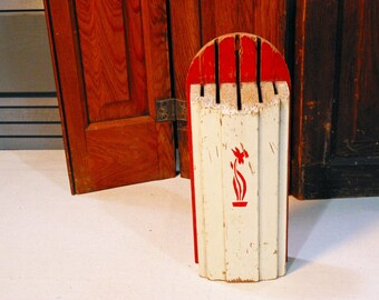 Red and White Wooden Art Deco Hanging Knife Block