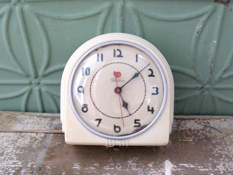 Vintage Art Deco Clock Vintage 1930's Telechron Buffet